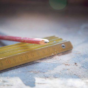 Quel taux de TVA pour la fabrication et le placement de meubles sur mesure ?